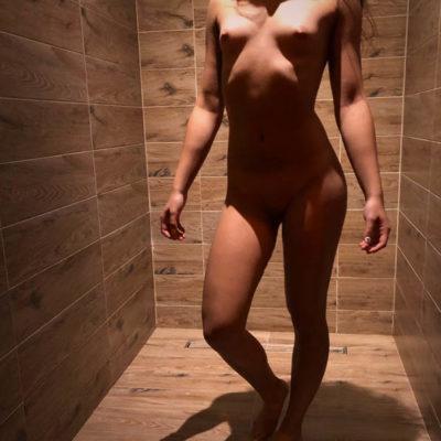 ELAKSACYJNY Erotic MASAŻ